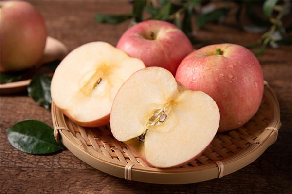 老人吃苹果有哪些好处