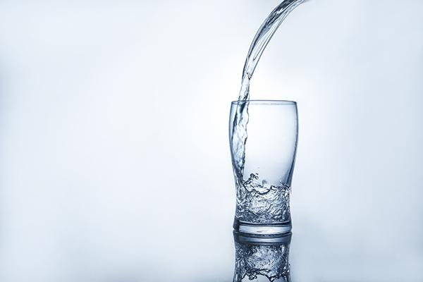 饮用水.jpg