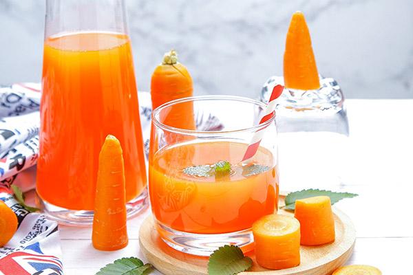 夏季消暑祛斑喝什么果汁好2.jpg