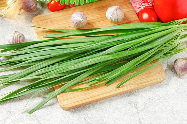 适合春季排毒养颜的七大蔬菜1.jpg