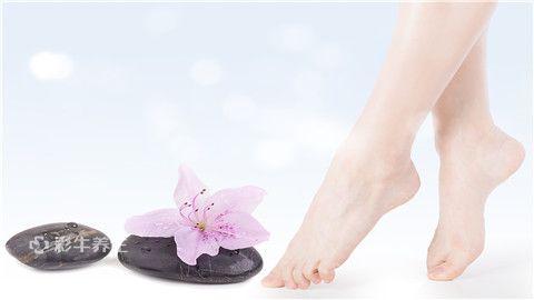 脚趾甲脱落什么原因