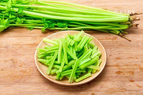 芹菜2.jpg