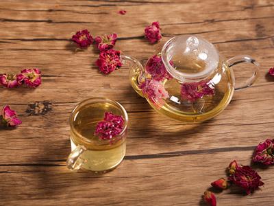 菊花和玫瑰花可以一起泡水喝吗