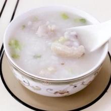 沙锅煲鸡粥