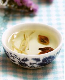 连翘金银花茶
