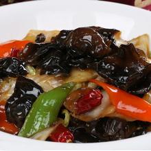 黑木耳圆白菜