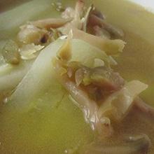 黄瓜榨菜汤