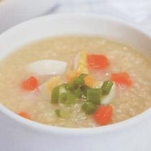 鸡蛋小米萝卜粥