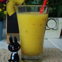 猕猴桃柳橙汁