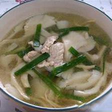 平菇虾米肉丝汤