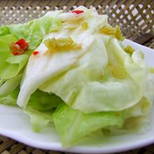 泡椒炒卷心菜