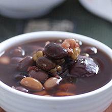 黑豆猪肉汤