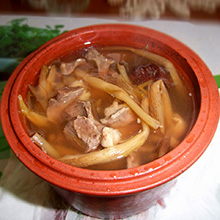 黄花菜猪心汤