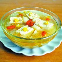 银耳豆腐汤