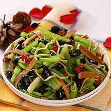 黄豆芽炒芹菜