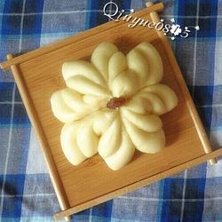 盛開的菊花饅頭
