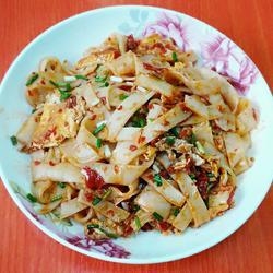 剁椒炒米粉