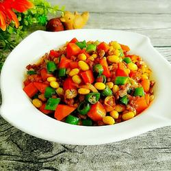 胡萝卜黄豆炒肉末